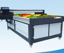 High Speed 1.8m 6 Ricoh Gh2220 UV Flatbed Printer in Senegal