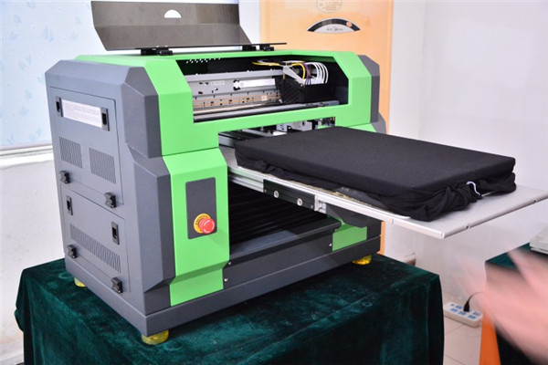 49inch Large Size A0 with Two Epson Dx5 Head UV Flatbed Printer in Vancouver