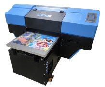 Docan Small Size Ricoh Gen 5 UV Flatbed Printer with Good Printing Effect in Congo