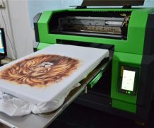 High Speed A2 Two Head Plastic UV Flatbed Printer in Moscow
