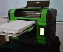 Wer 90*60cm LED UV Flatbed Printer with 280mm Printing Height in Bulgaria