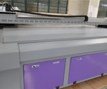 3.2m* 1.8m Dx5 with Epson Head UV Flatbed Printer in Birmingham