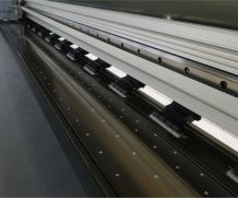 2.5 M UV Printer Large Format Digital UV LED Flatbed Inkjet Printer in Bahamas